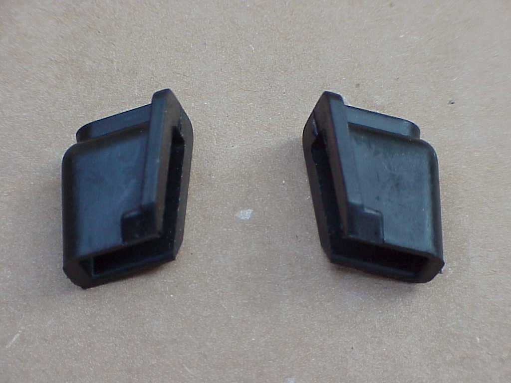 1 pair Door Window Stops 1965-79 bug convertible
